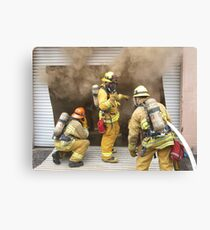 E86 setting up protection lines Canvas Print