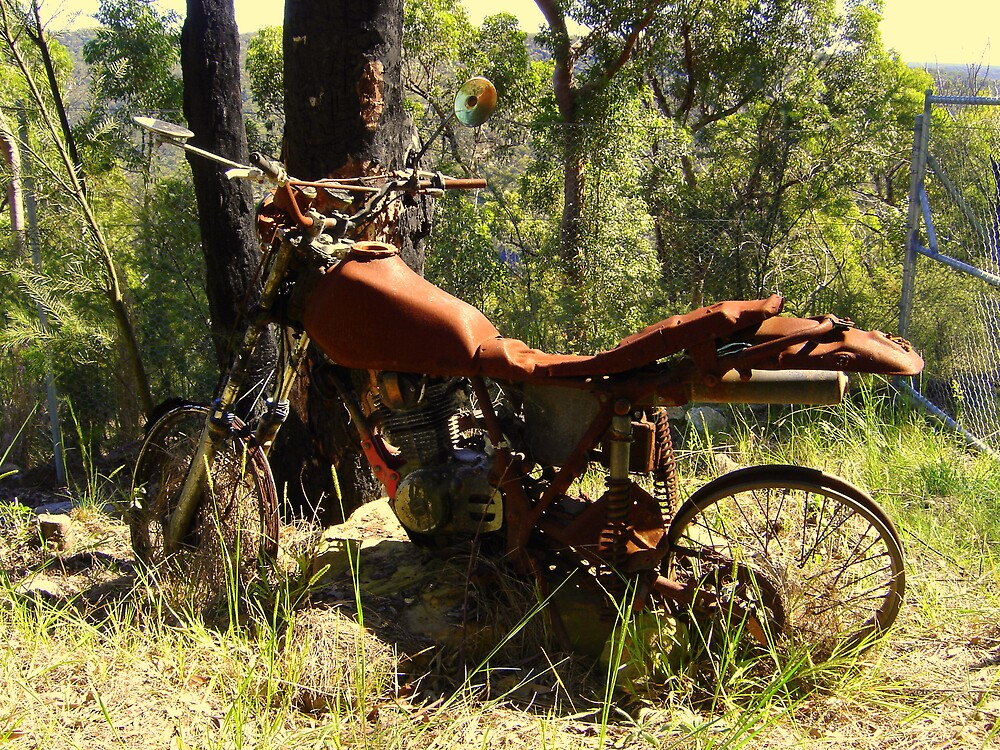 Rusty Motor bike, Cowan, NSW by markor