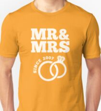 10th Wedding Anniversary Gift T-Shirt Mr & Mrs Since 2007 Unisex T-Shirt