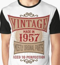 Vintage Made In 1957 Retro Birthday Gift Graphic T-Shirt