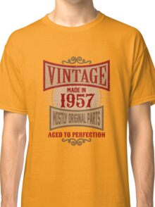 Vintage Made In 1957 Retro Birthday Gift Classic T-Shirt