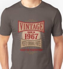Vintage Made In 1967 Retro Birthday Gift T-Shirt Unisex T-Shirt