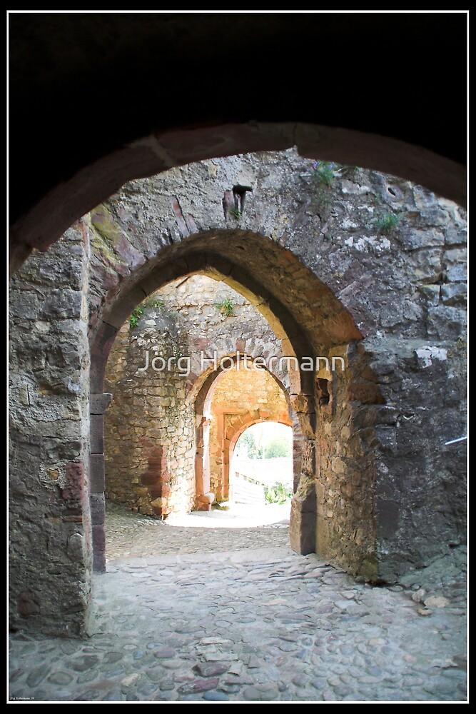 Through the gates by Jörg Holtermann