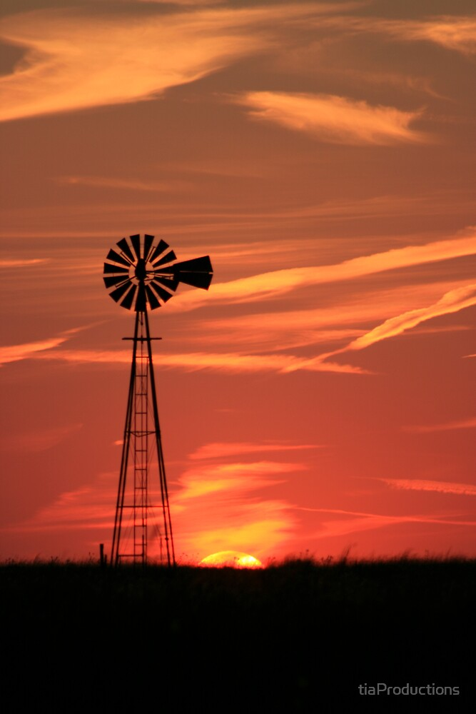 Oklahoma's Country Sunset by tiaProductions