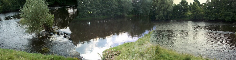 River scene Usk by louise158
