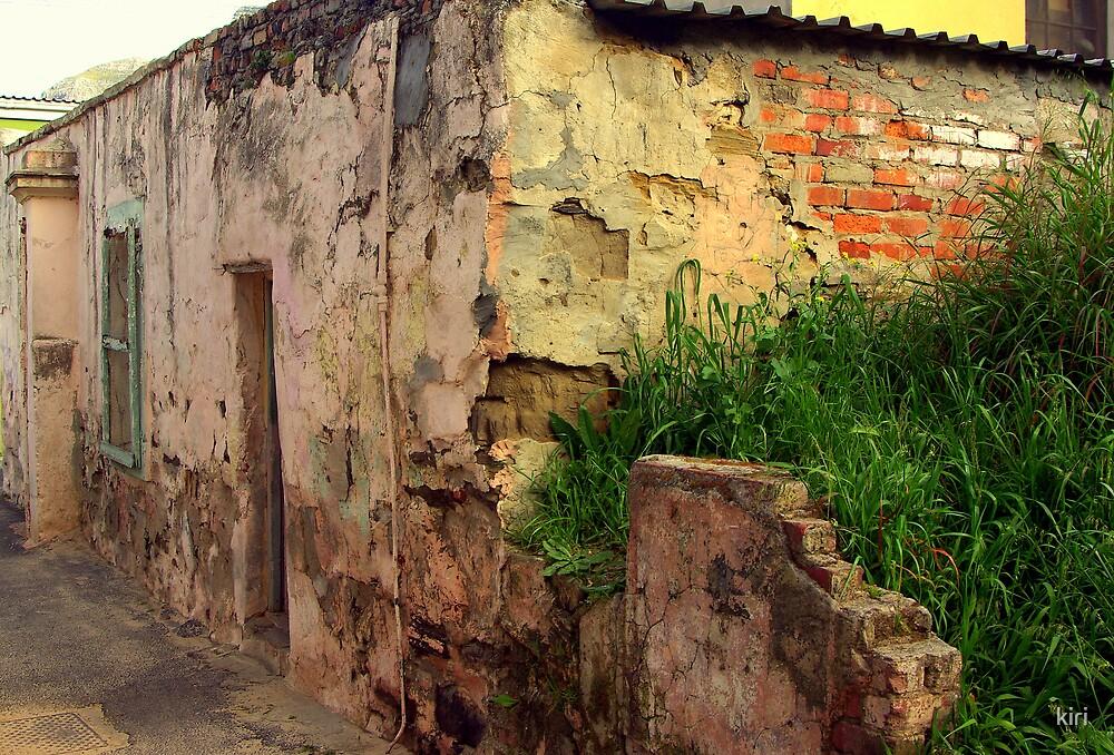 Urban ruin by kiri