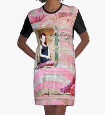 die Reise Graphic T-Shirt Dress