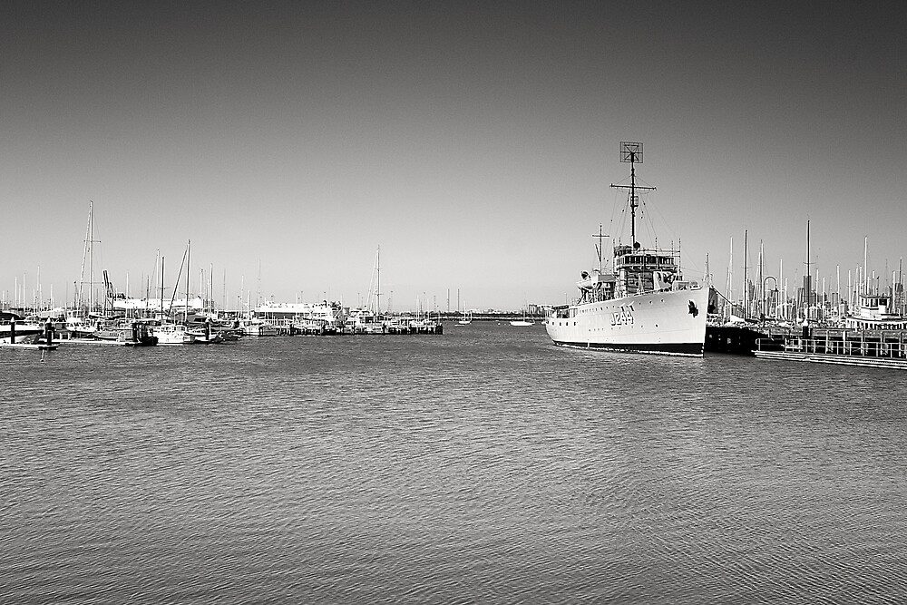 Williamstown by Phoonaz