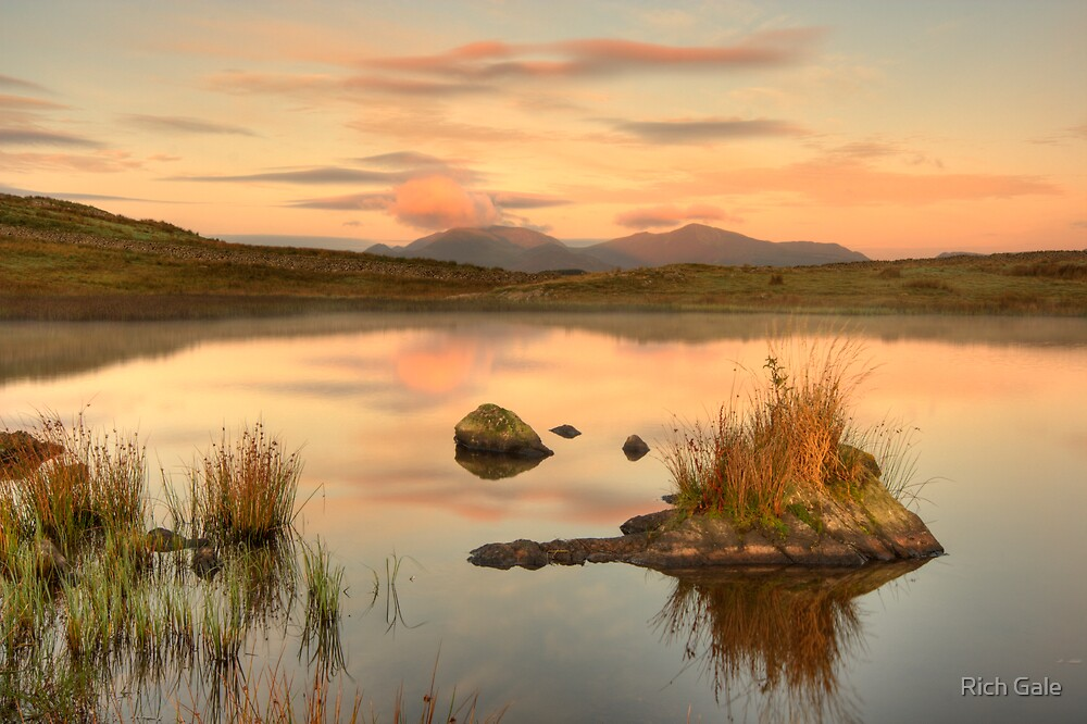 Tewet tarn by Rich Gale