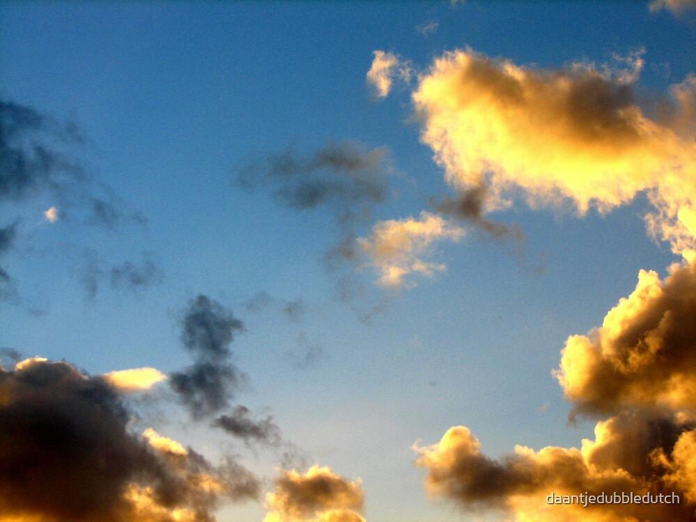 a cloudy sunset by daantjedubbledutch
