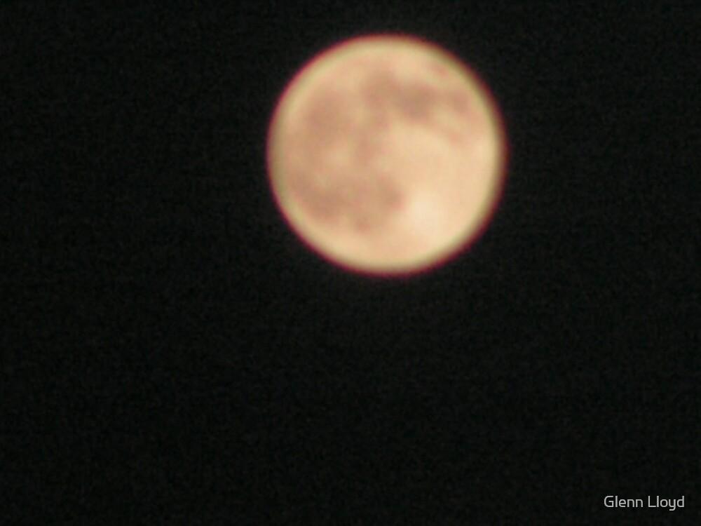 Full Moon by Glenn Lloyd