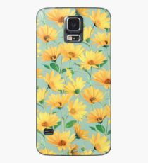 Painted Golden Yellow Daisies on soft sage green Case/Skin for Samsung Galaxy