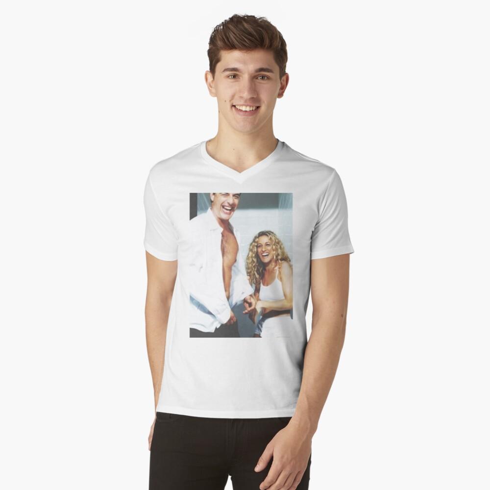 EL SEXO Y LA CIUDAD Camiseta de cuello en V