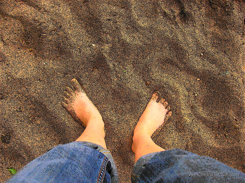 feet in the sand by Alexandra Strömgren