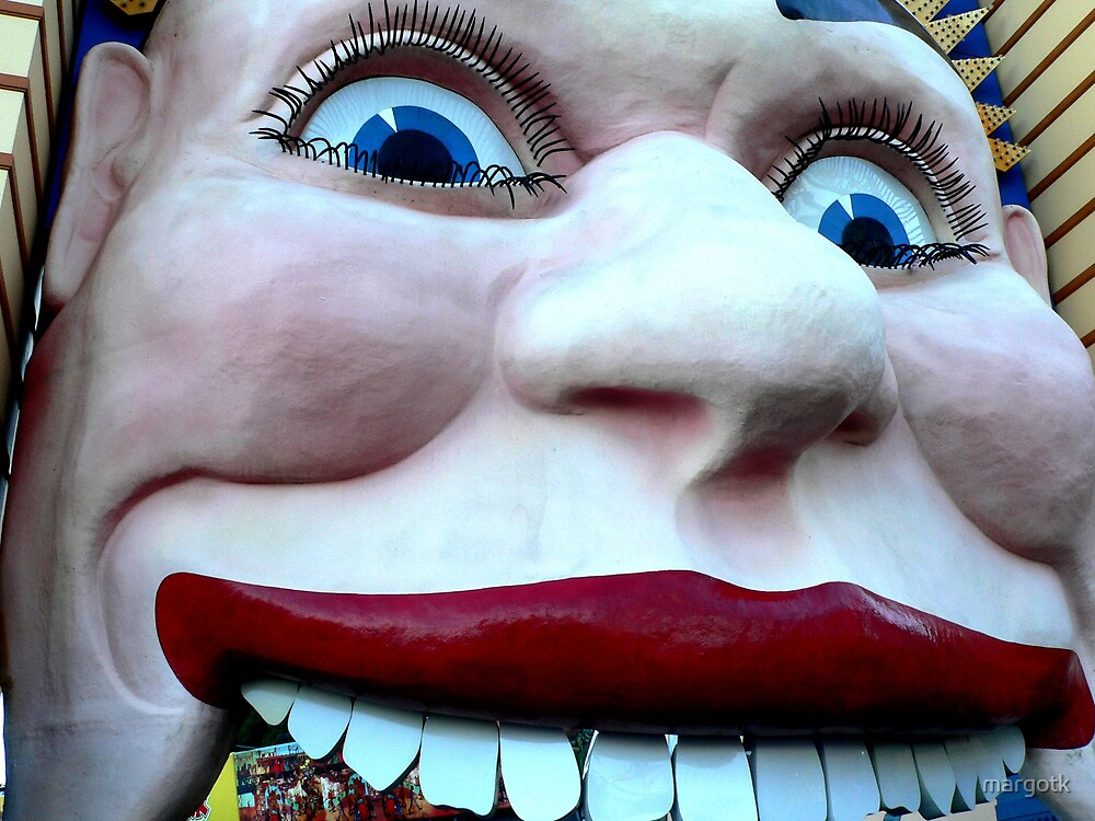 Luna Park Face by margotk