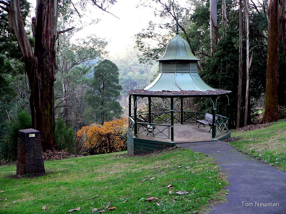 Rotunda  by Tom Newman
