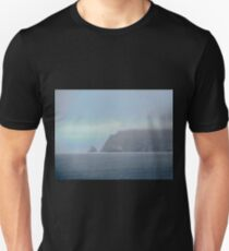 The cliffs of Fanad Head, Donegal, Ireland Unisex T-Shirt