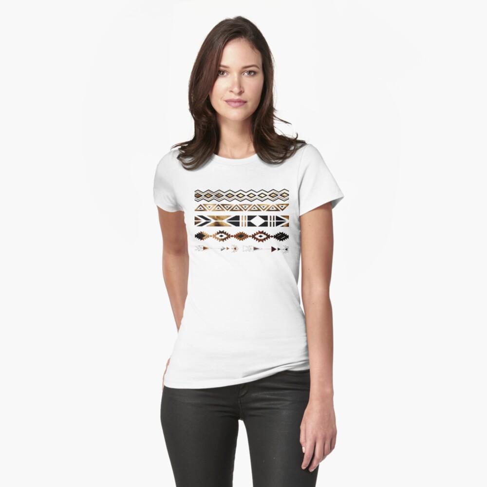 Tribal Aztec Gold y Black Design Camiseta entallada