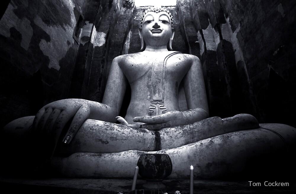 sukhothai buddha by Tom  Cockrem