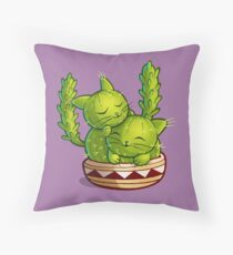 Cat-tus love to cuddle Throw Pillow