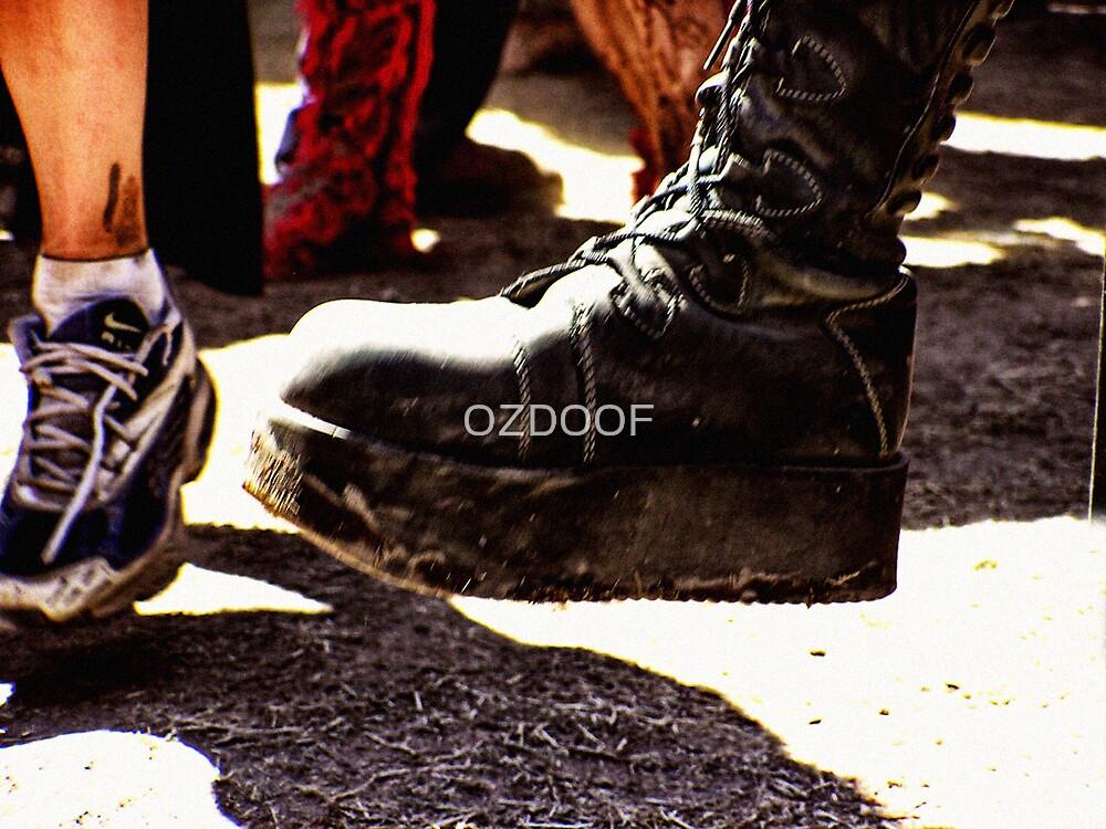 STOMP'N ON THE DANCEFLOOR by OZDOOF