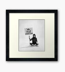 Gloria Steinem Wir werden es überwinden Gerahmtes Wandbild