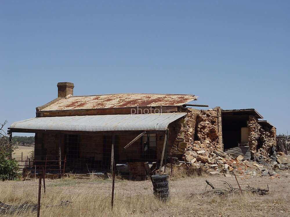 South Australia Country Homestead by photoj