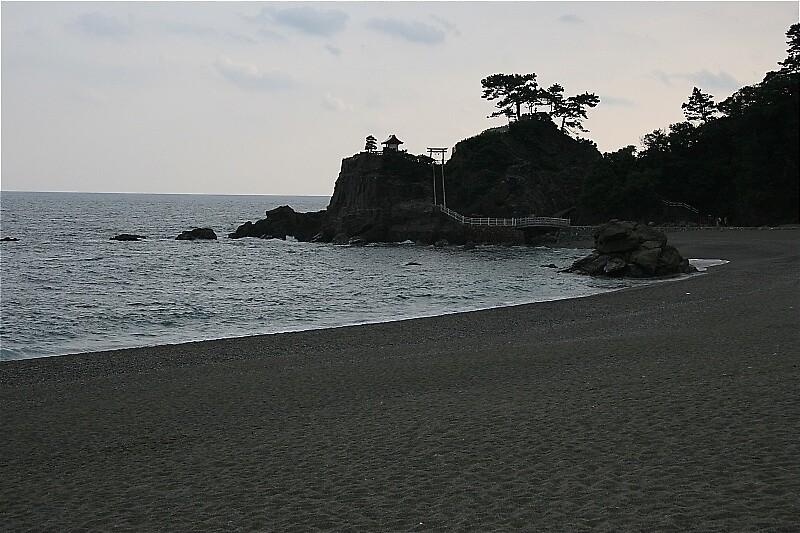 Katsurahama beach - Kochi by Trishy