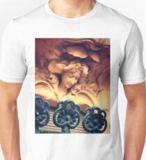 Madrid. Art Nouveau. Unisex T-Shirt