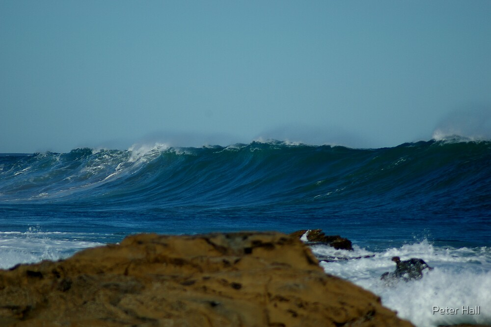 Looming Wave by Peter Hall