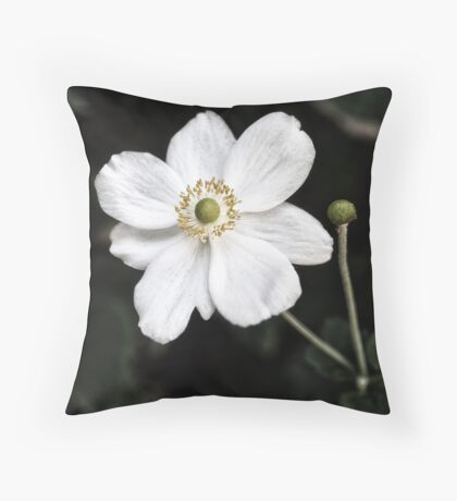 Fleur Blanche Throw Pillow