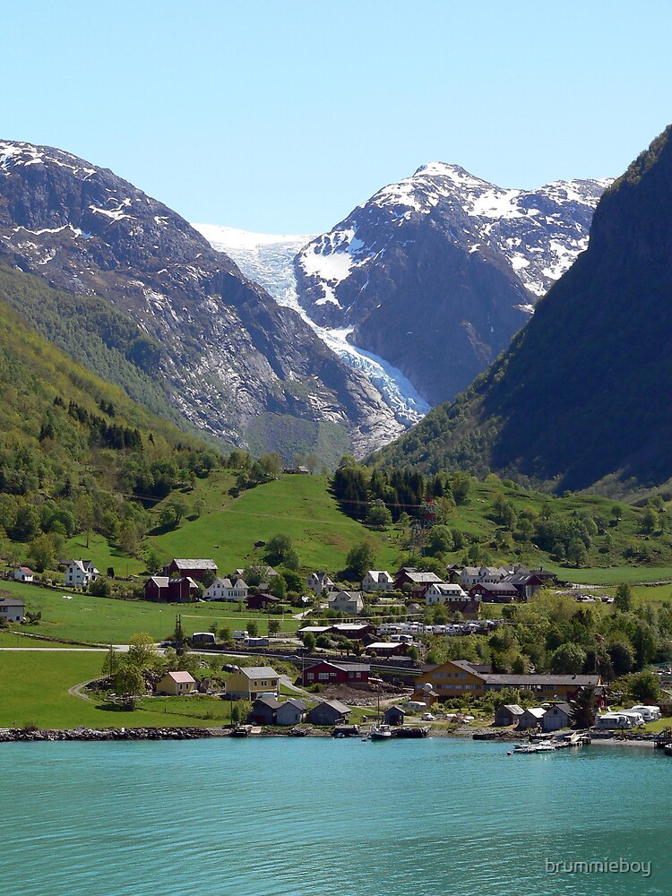 Norwegian Glacier  by brummieboy
