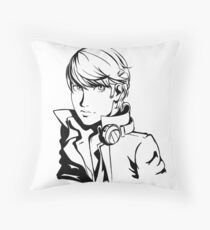 yu narukami  Throw Pillow