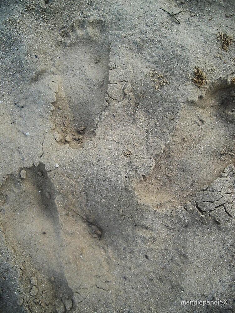 Footprints in the Sand by mandiepandieX