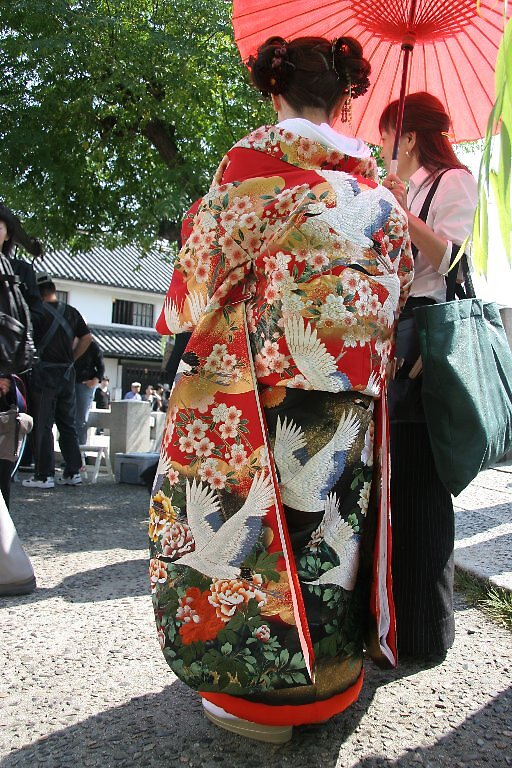Kimono detail - Traditional Japanese Wedding - Kurashiki  by Trishy