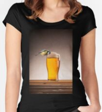 A beer for the birds Women's Fitted Scoop T-Shirt