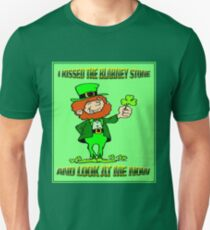 ST. PATRICKS DAY; I Kissed the Blarney Stone Unisex T-Shirt