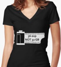 Shoot film Women's Fitted V-Neck T-Shirt