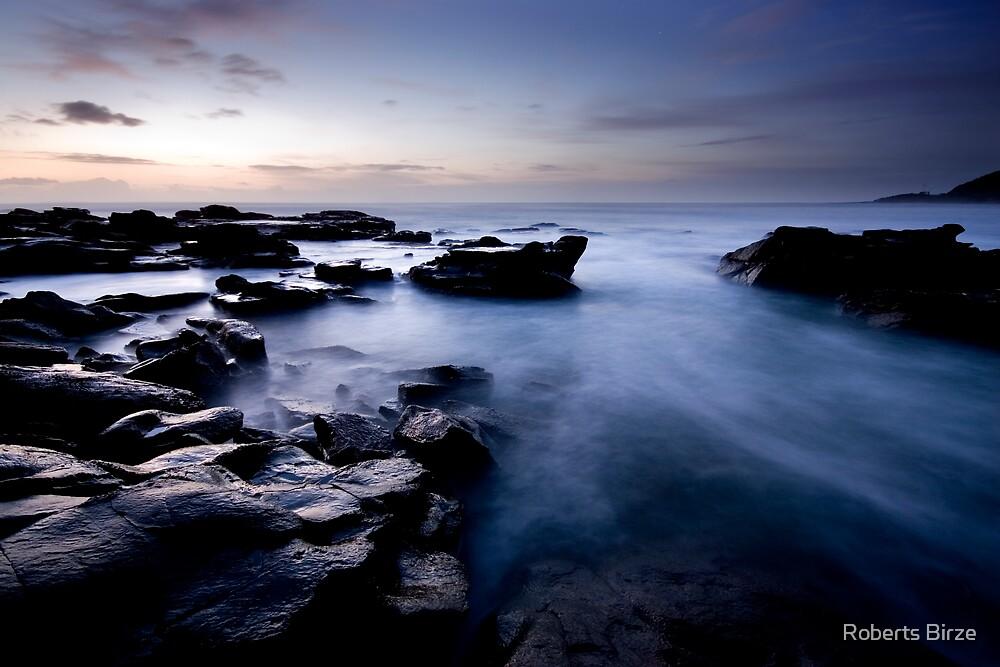 nuages de la mer (v) by Roberts Birze