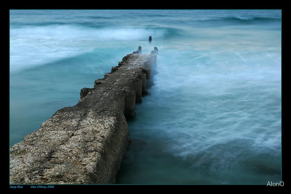 Deep Blue by AlonO