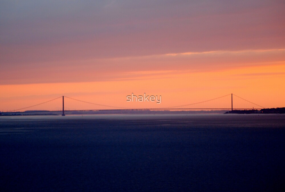 Humber Bridge Sunset by shakey