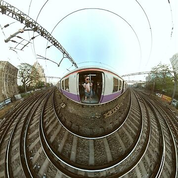 Small Planets - Train, Mumbai by TommyOne