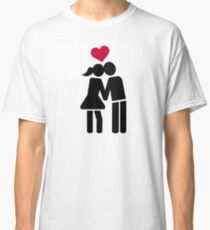 Kissing couple red heart Classic T-Shirt