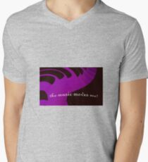 the music moves me T-Shirt
