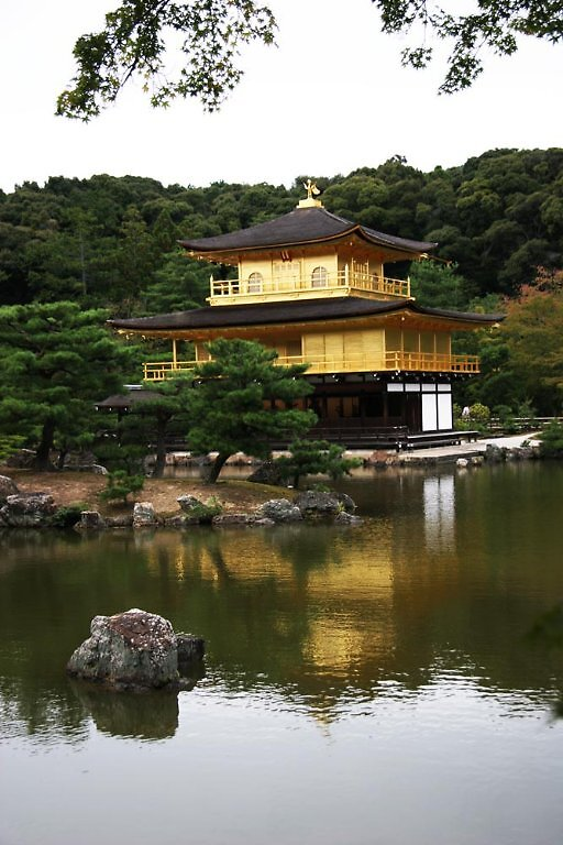Kinkakuji temple - Golden Pavillion (Kyoto) by Trishy