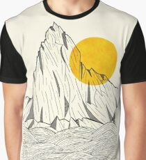 Sun Cliffs Graphic T-Shirt