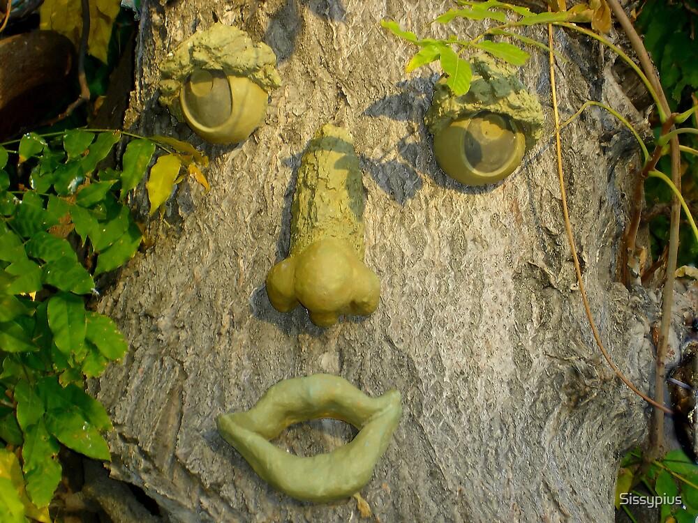 Halloween Tree by Sissypius