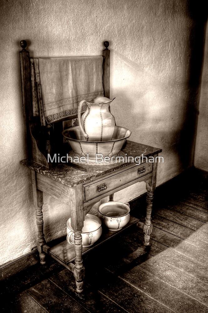 Ensuite by Michael  Bermingham