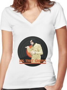 Dig that groove - Legion Women's Fitted V-Neck T-Shirt