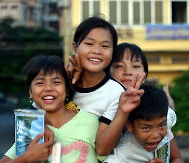 Postcard Bandits - Vietnam  - www.canvasmyphotos.net by GetCarter